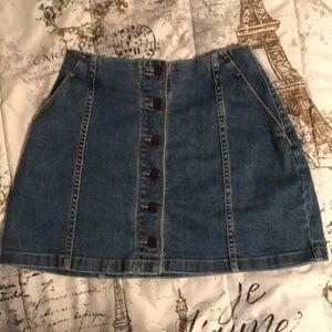 Aritzia Skirts - Aritzia Wilfred Free Denim Skirt
